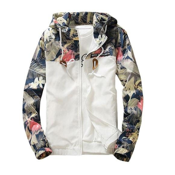 ultrachicfashion.com Other - Floral Jacket